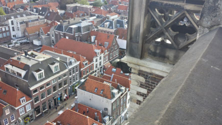 A gargoyle overlooking Delft